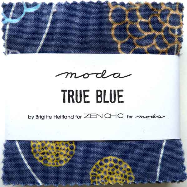MODA_MINI_CHARM_PACK_TRUE_BLUE